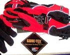 Red_alpinestar_gloves-1