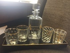 Decanter_with_glasses_and_tray